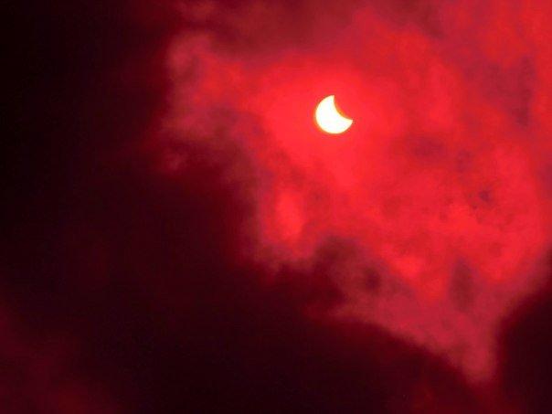 В Краматорске наблюдается солнечное затмение (фото) - фото 3