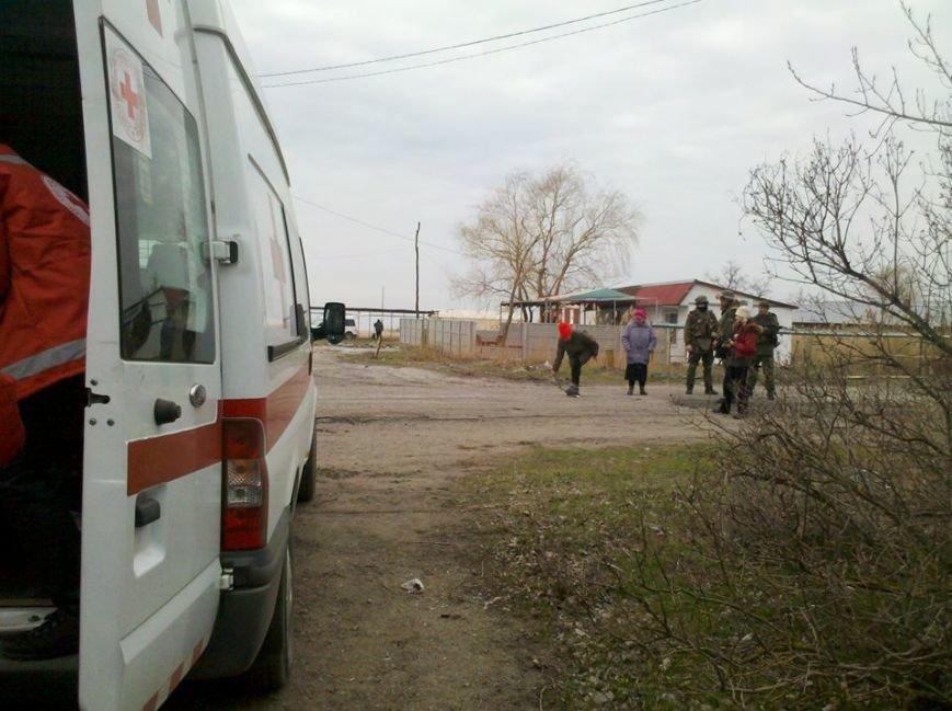Люди, оставшиеся в военном Широкино, просят только хлеба и воды (ФОТО), фото-1