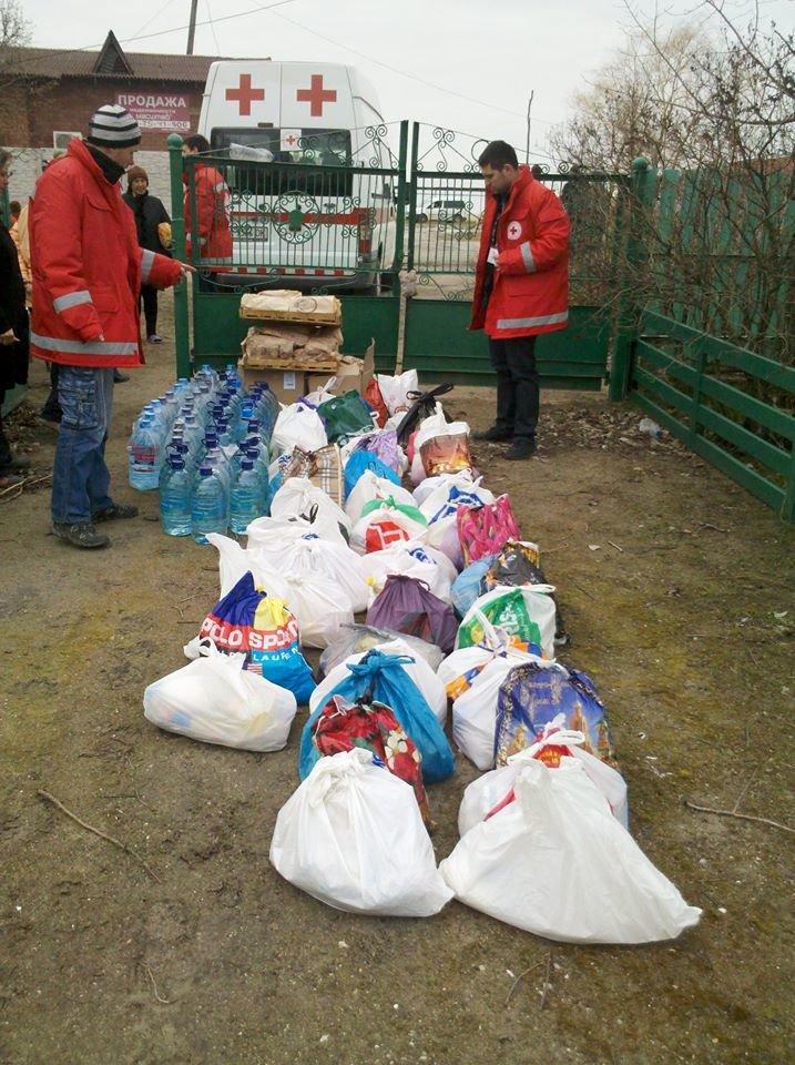 Люди, оставшиеся в военном Широкино, просят только хлеба и воды (ФОТО), фото-6