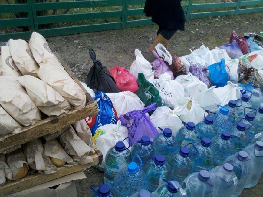 Люди, оставшиеся в военном Широкино, просят только хлеба и воды (ФОТО), фото-7