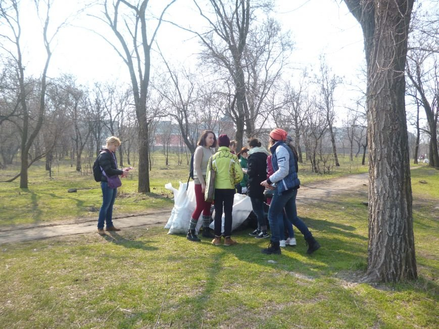 Жители Кривого Рога доказали, что могут собственными силами сделать город чище (ФОТО) (фото) - фото 6