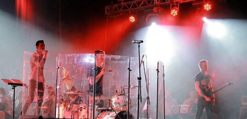 Стены одесского театра содрогались  от голоса симфо-рока: концерт  VoiceOfTheSymphoRock (ФОТОРЕПОРТАЖ, ВИДЕО) (фото) - фото 1