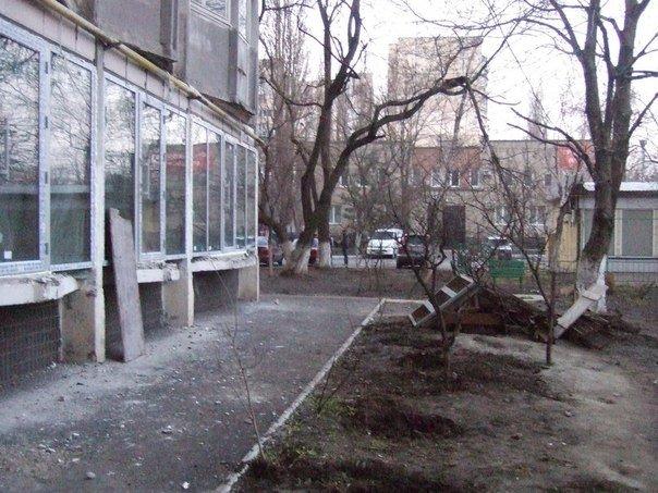 За незаконной стройкой в накренившейся одесской 16-этажкой могут стоять бандиты (ФОТО, ВИДЕО) (фото) - фото 1