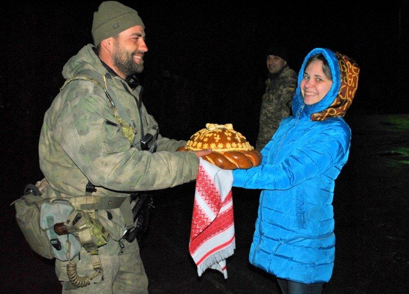 В Николаев из зоны АТО прибыли морские пехотинцы ((ФОТО) (фото) - фото 1