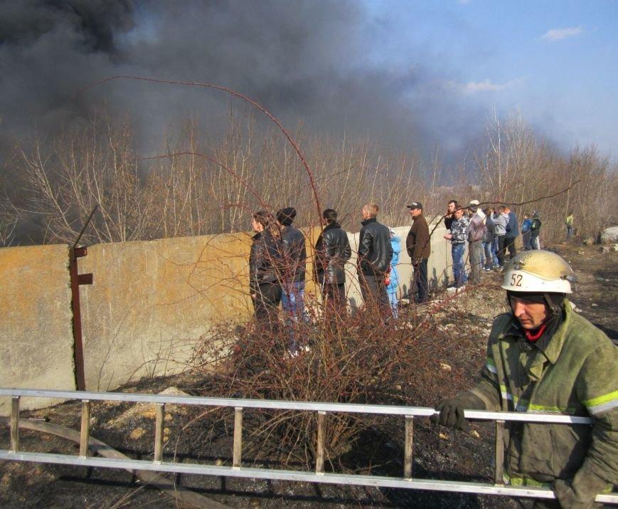 Подробности жуткого пожара в Димитрове (ФОТО, ВИДЕО), фото-5