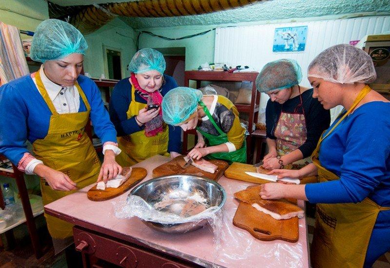Одесские волонтеры подготовили вкусную посылку на фронт (ФОТО) (фото) - фото 2