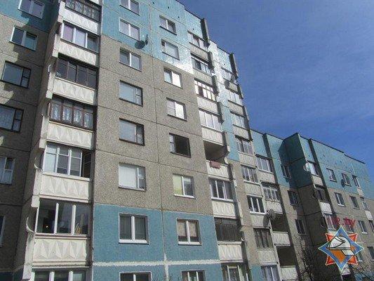 В многоэтажке на ул. Кабяка взорвался баллончик с газом (фото) - фото 4