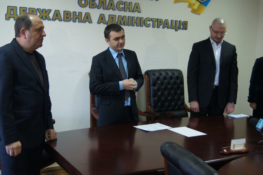 Семьи николаевских бойцов, погибших в АТО, получили по 50 тысяч гривен (фото) - фото 1