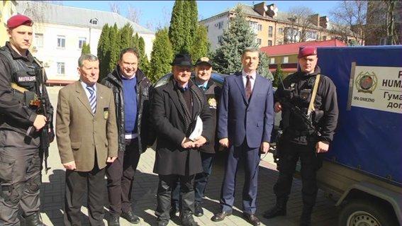 Черкаські правоохоронці, які перебувають в АТО, отримали гуманітарну допомогу з Польщі (ФОТО) (фото) - фото 2