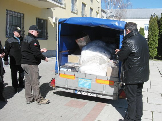 Черкаські правоохоронці, які перебувають в АТО, отримали гуманітарну допомогу з Польщі (ФОТО) (фото) - фото 1