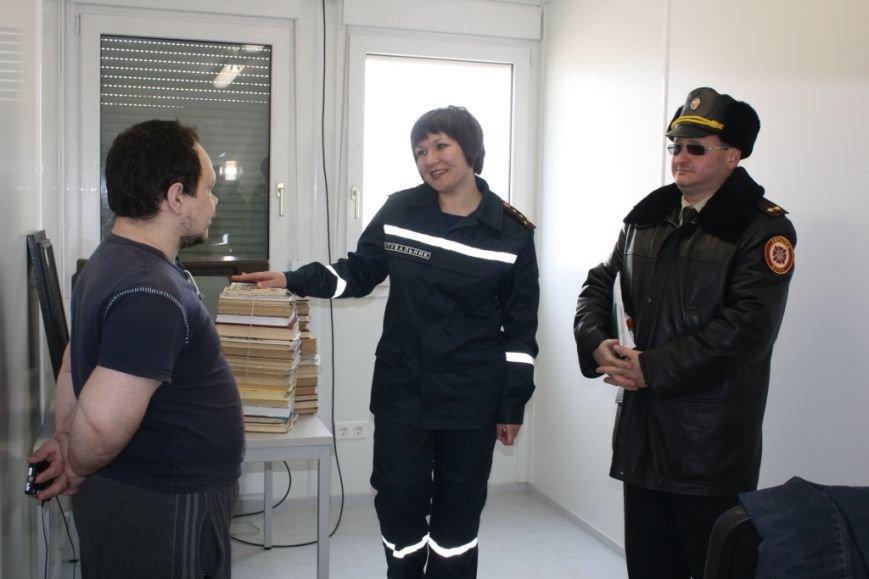 Беженцев в запорожском транзитном городке обеспечили Wi-Fi и психологической поддержкой (ФОТО) (фото) - фото 1