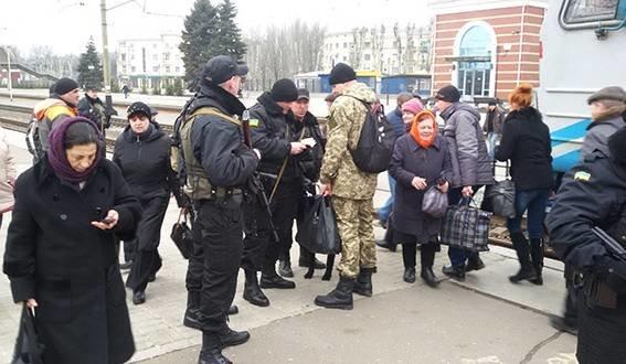 Милиция рассказала о работе фильтрационных групп (фото) - фото 1