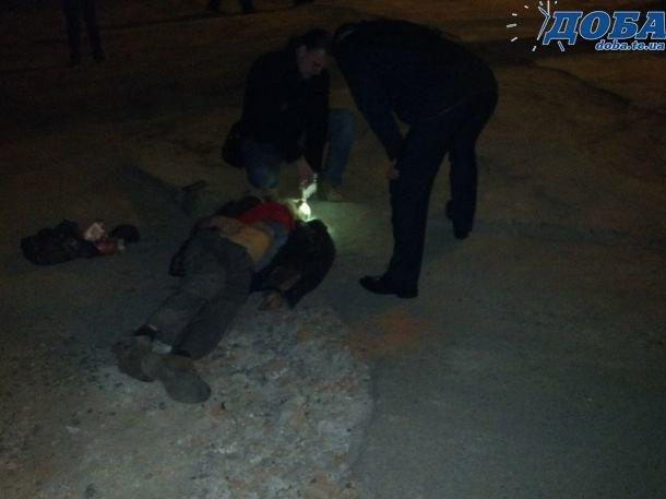 """У Тернополі на """"Дружбі"""" літній чоловік помер просто посеред вулиці (фото) (фото) - фото 1"""