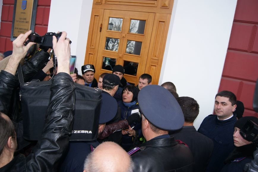Под Одесской мэрией клеймили сепаратистов и протестовали против Генплана (ФОТО) (фото) - фото 2
