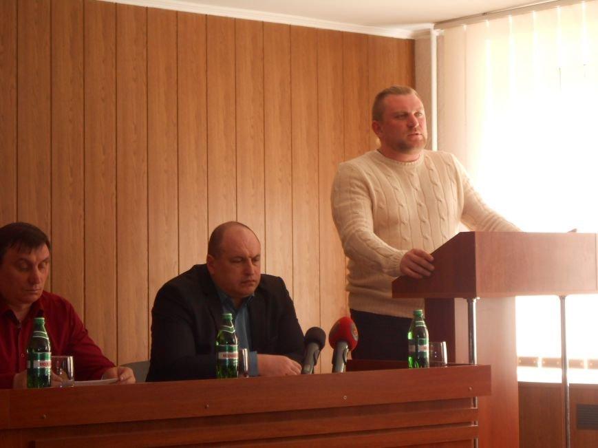 Днепродзержинск посетили представитель команды Коломойского и активисты Днепропетровска (фото) - фото 2