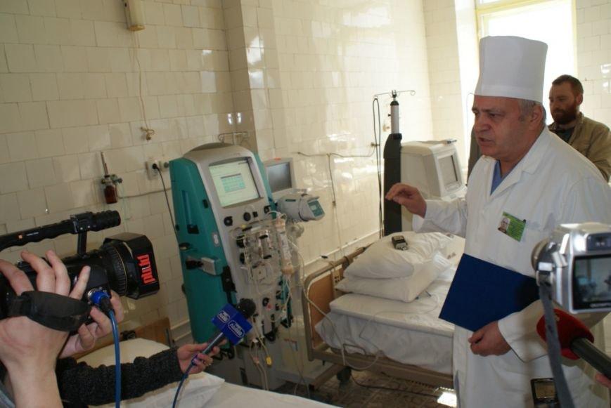 У львівському військовому шпиталі запрацював ультрасучасний апарат, який врятує життя бійців (ФОТОРЕПОРТАЖ) (фото) - фото 2