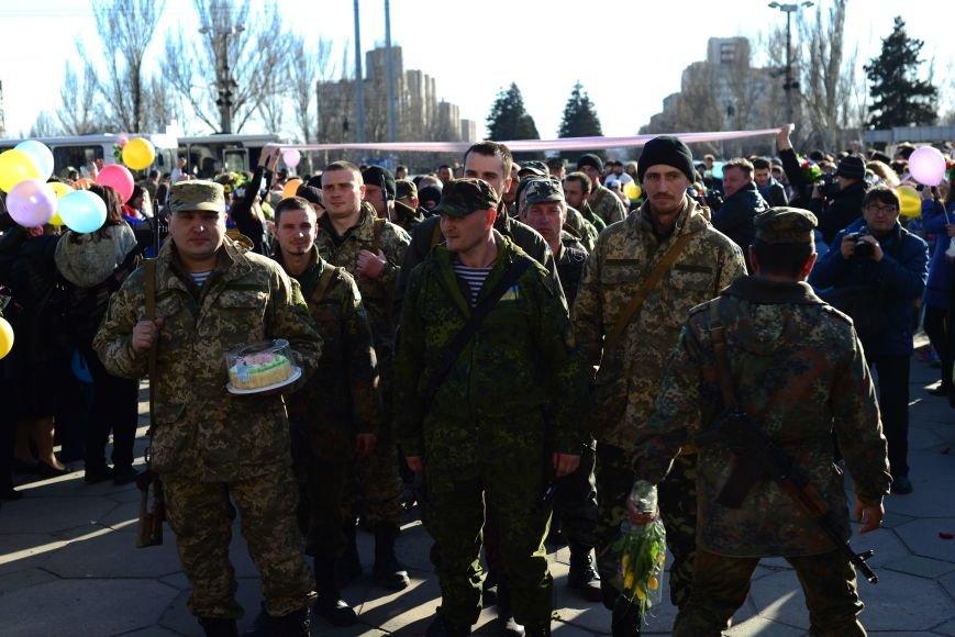 В Запорожье прибыли на демобилизацию бойцы 23-го батальона (ФОТОРЕПОРТАЖ), фото-4