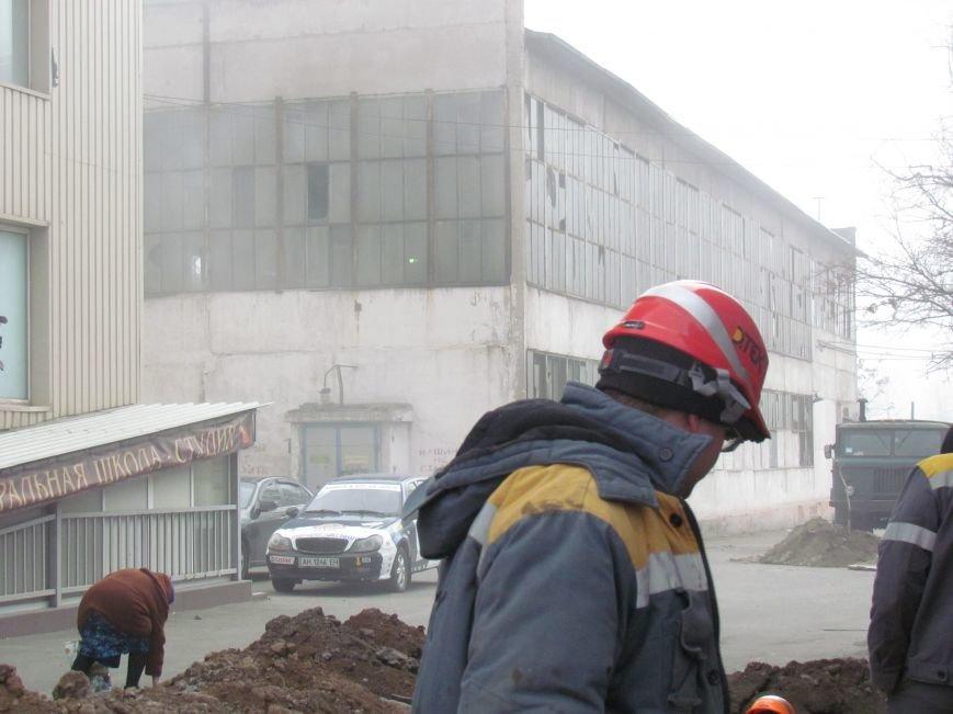 Энергетики ликвидировали последствия аварии, оставившей без отопления 31 дом в Мариуполе (ФОТО), фото-3