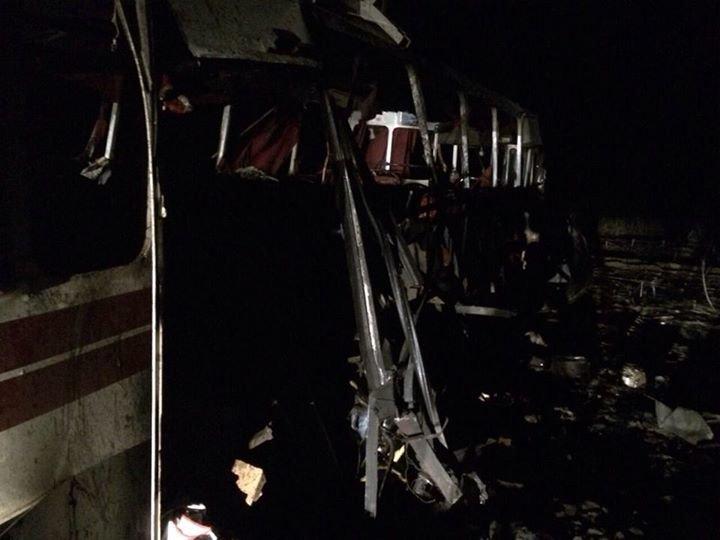 Боевики обстреляли автобус под Горловкой. Опубликован список пострадавших, фото-2