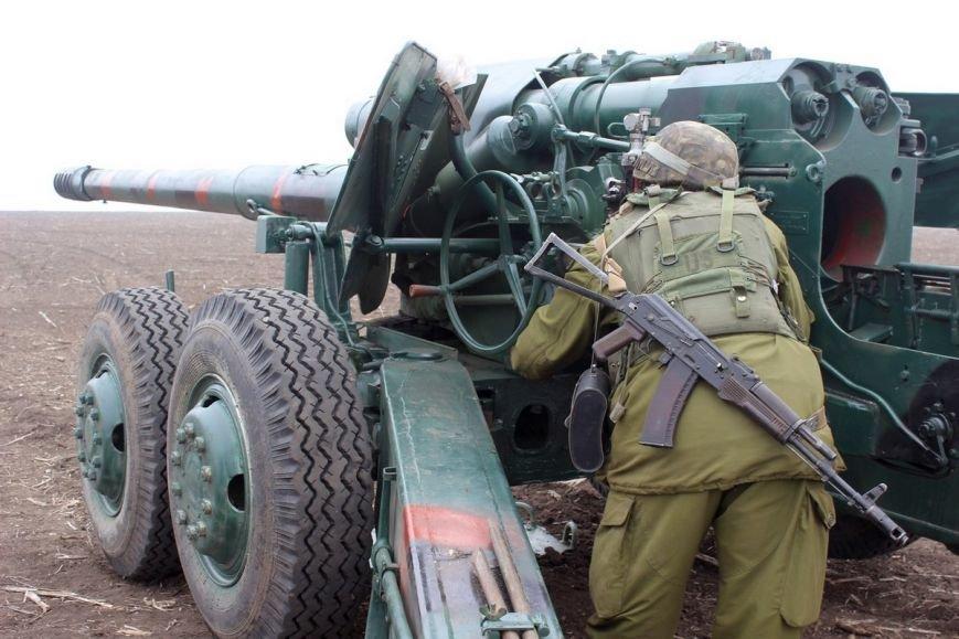 Учения артиллеристов проходят под Мариуполем (ВИДЕО+ФОТО) (фото) - фото 1