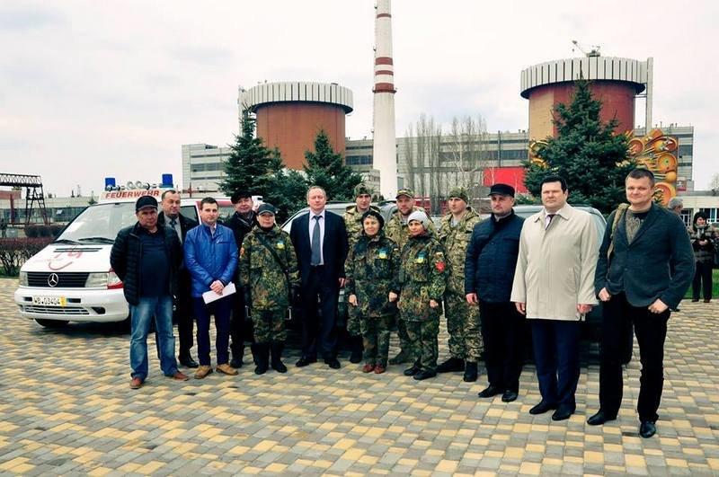Атомщики Южноукраинской АЭС передали николаевским десантникам 3 автомобиля (ФОТО) (фото) - фото 5