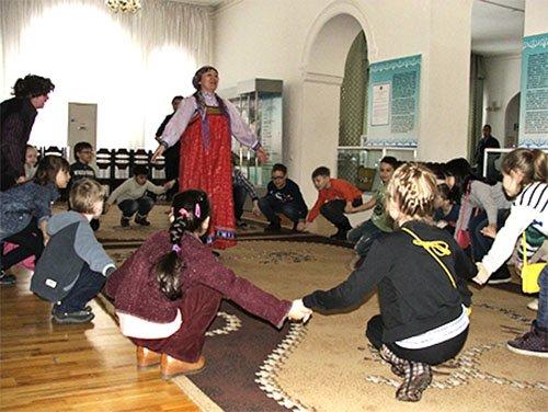 Игровая форма представления о русском фольклоре