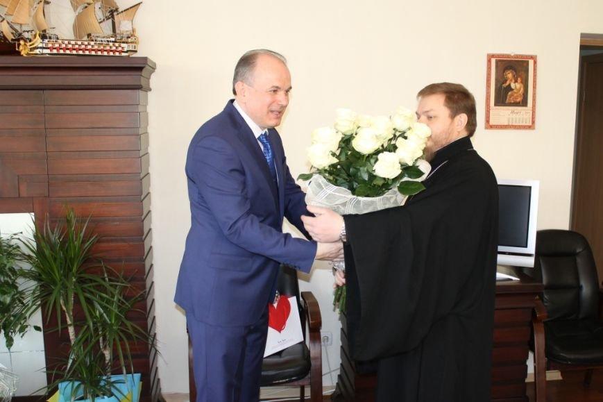Юрий Тернавский принимает поздравления (фото) - фото 1