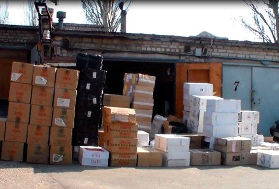 Милиция изъяла у николаевца контрафактных сигарет на 700 000 гривен (ФОТО) (фото) - фото 1
