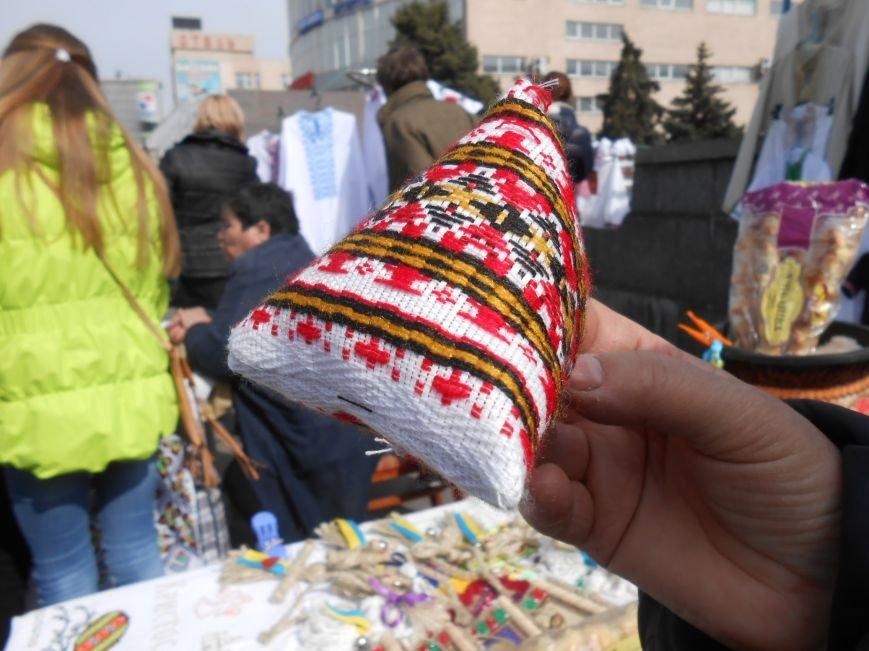 В Днепродзержинске прошла выставка-ярмарка работ украинских рукодельниц (фото) - фото 6