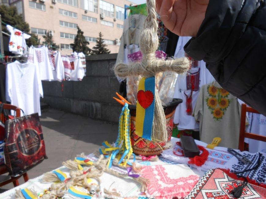 В Днепродзержинске прошла выставка-ярмарка работ украинских рукодельниц (фото) - фото 4