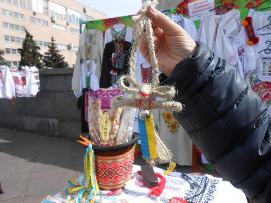 В Днепродзержинске прошла выставка-ярмарка работ украинских рукодельниц (фото) - фото 5