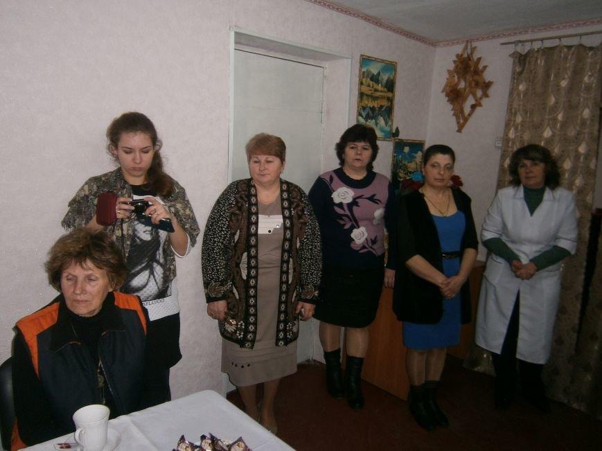 С подопечными Димитровского терцентра социального обслуживания встретились медики (фото) - фото 2