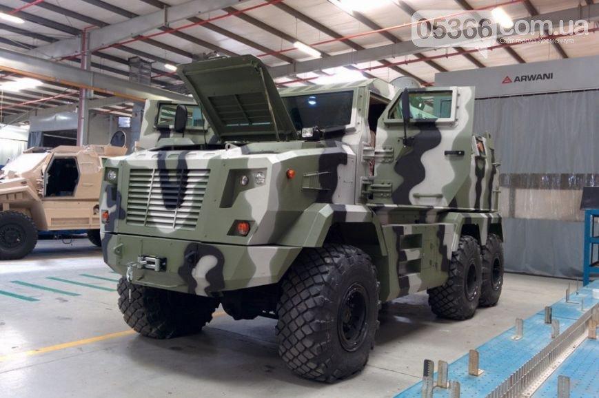 Не все броневики производства «КрАЗ» вернулись домой из Арабских Эмиратов - «Фиону» купили прямо на выставке (фото) - фото 1