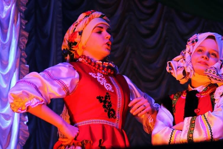 На Днепропетровщине выбрали лучших актеров среди школьников (фото) - фото 1