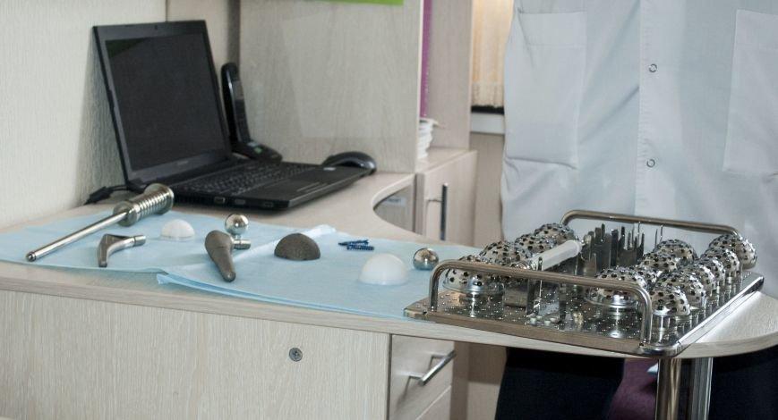 В новом оперблоке Запорожской горбольницы врачи поставили на ноги уже 12 пациентов (ФОТОРЕПОРТАЖ), фото-3
