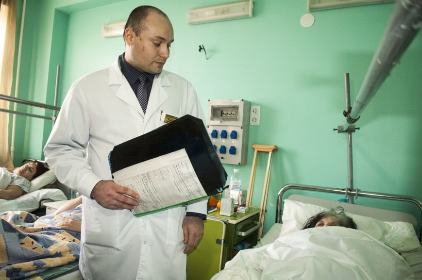 В новом оперблоке Запорожской горбольницы врачи поставили на ноги уже 12 пациентов (ФОТОРЕПОРТАЖ), фото-8