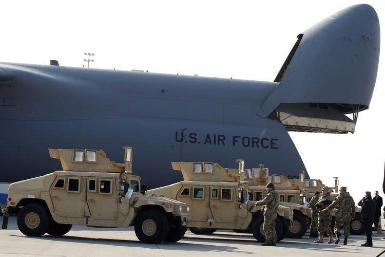 США ВВС хамеры