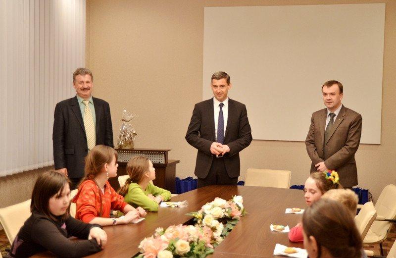 Черкаська гостинність вразила гостей із Лисичанська (фото) - фото 1
