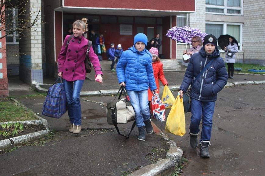 Маленькие жители Херсонщины будут отдыхать в Прикарпатье (фото) - фото 2