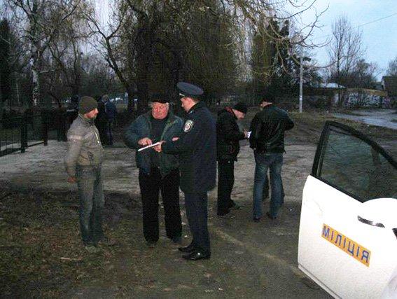 На Черкащині правоохоронці затримали чоловіка, який гуляв містом з гранатою (фото) - фото 2