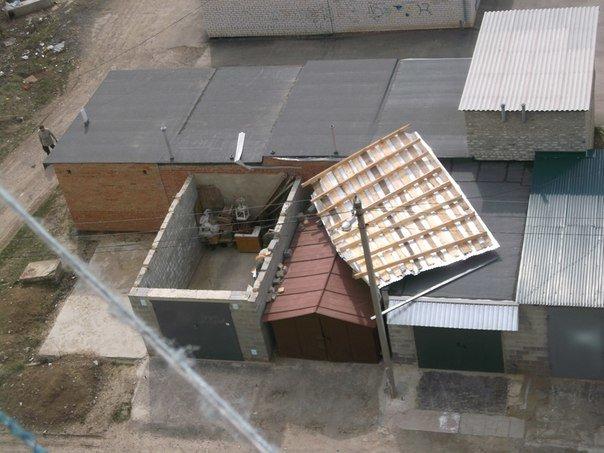 У Полтаві вітер ламав дерева та зносив дахи (ФОТО) (фото) - фото 2