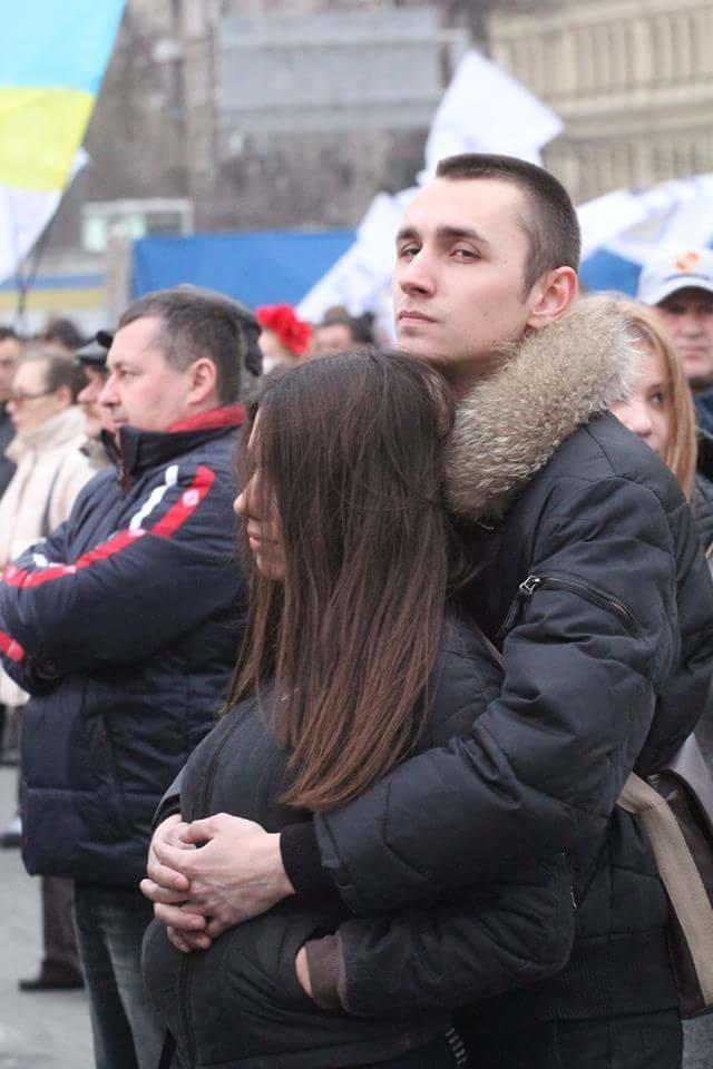 Вече в Днепропетровске: пели Руслана и Brutto.Коломойский не пришел (фото) - фото 2