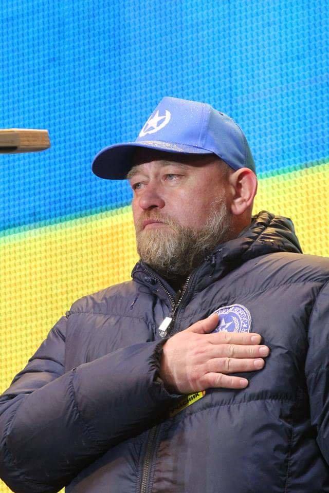 Вече в Днепропетровске: пели Руслана и Brutto. Коломойский не пришел (фото) - фото 8