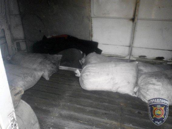 В Доброполье задержана группа расхитителей угля из грузового вагона (фото) - фото 4