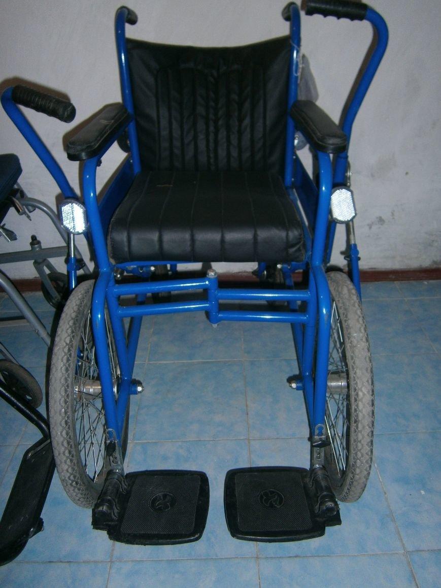 В Димитровском терцентре жители могут бесплатно получить технические средства реабилитации (фото) - фото 4