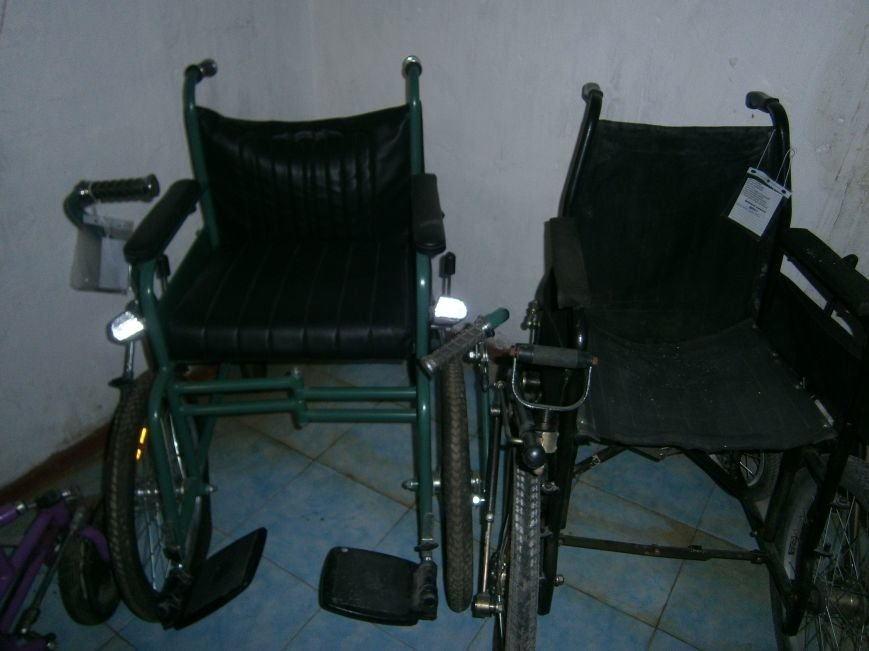 В Димитровском терцентре жители могут бесплатно получить технические средства реабилитации (фото) - фото 2