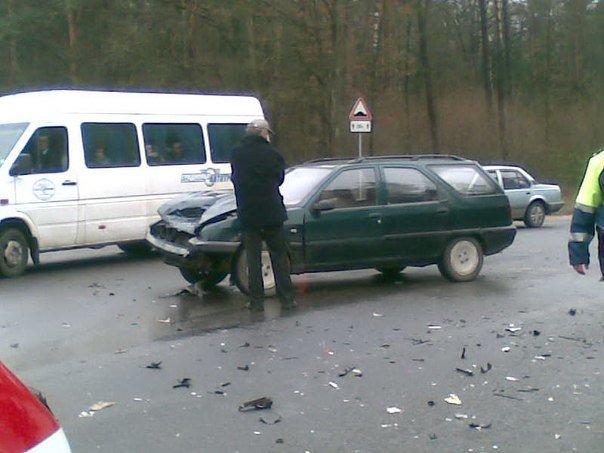 Под Гродно, возле Погоран за 10 минут произошло два ДТП (фото) - фото 1