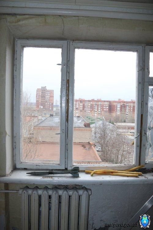 30_03_2015_Mariupol_snaryad_5