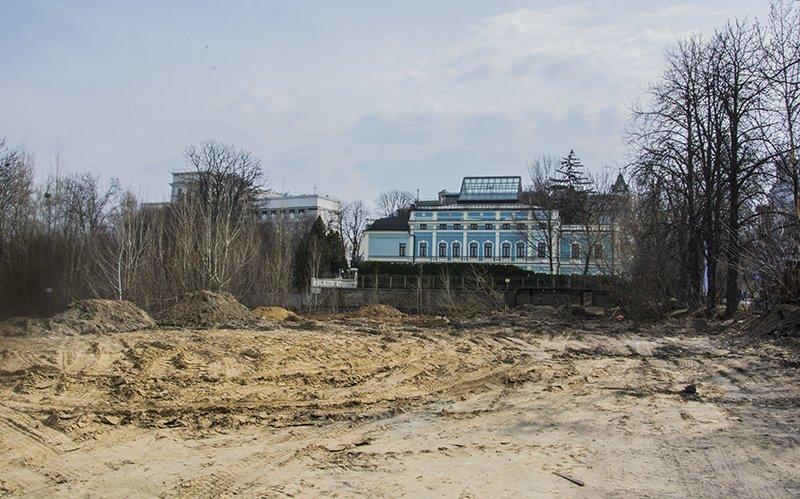 """Что происходит вокруг """"парка Героев Небесной сотни"""" (ФОТО) (фото) - фото 2"""