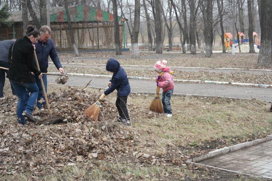 Генеральная уборка в Красноармейске: от парка «Юбилейный» до Динаса, фото-12